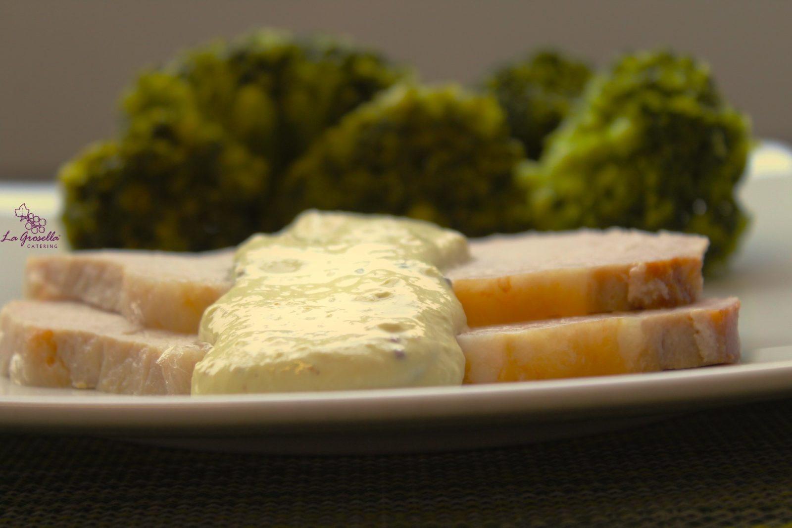 Lomo con salsa de mostaza