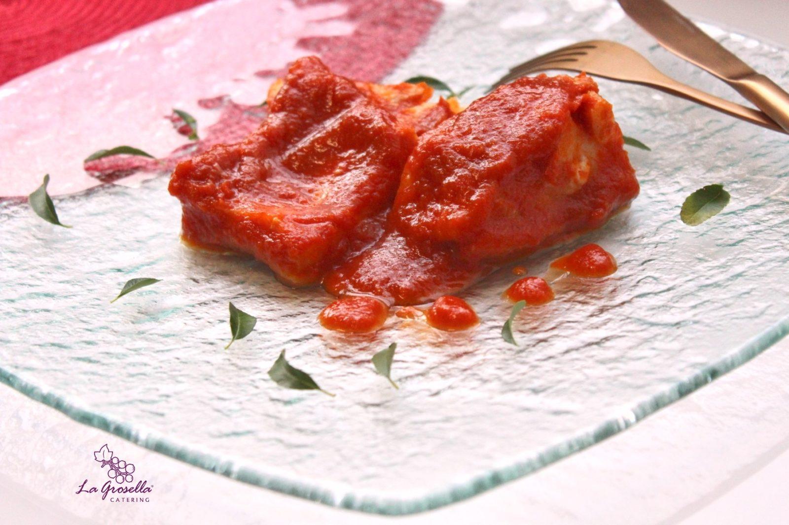 Bacalao con salsa de tomate